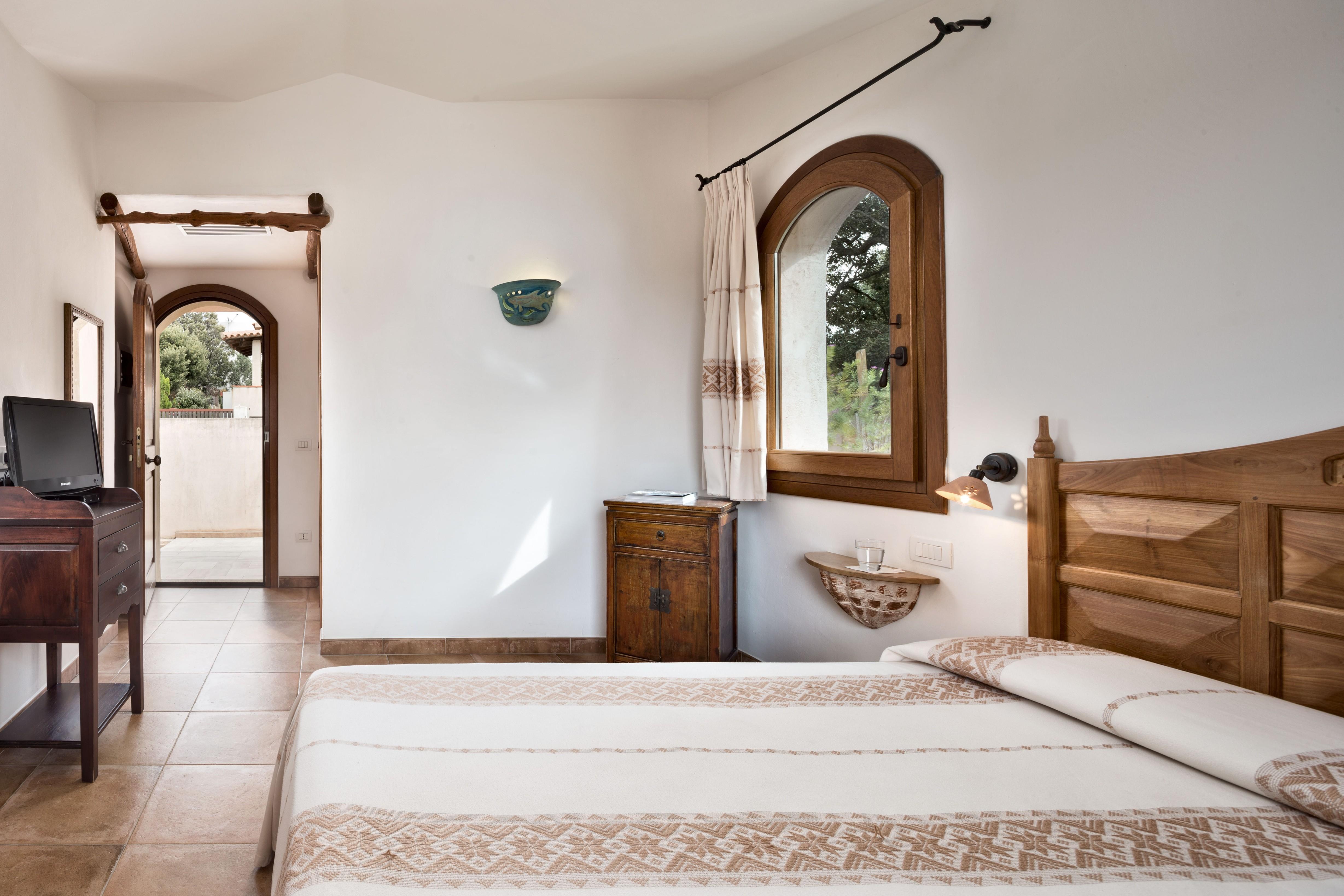 hotel-arathena-costa-smeralda-standard-room-3